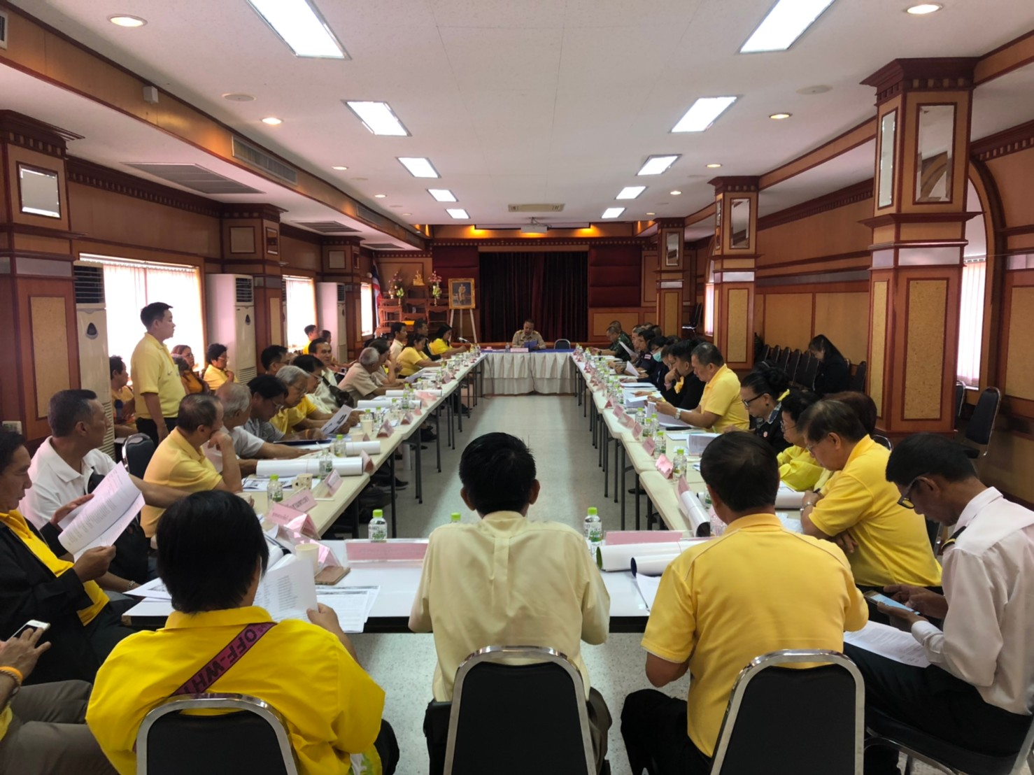 ประชุมคณะกรรมการชุมชนเขตพระนคร