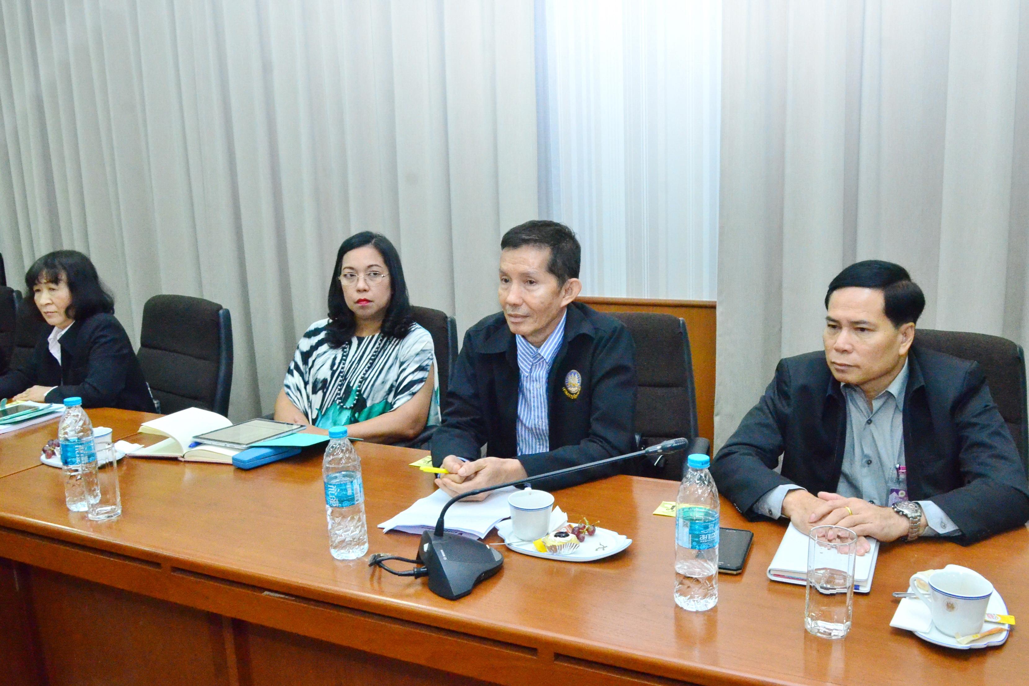 ผู้บริหารกรมการจัดหางาน เข้าร่วมประชุมกรมการจัดหางาน ครั้งที่ 9/2561ณ ห้องประชุมเทียน อัชกุล ชั้น 10 กรมการจัดหางาน