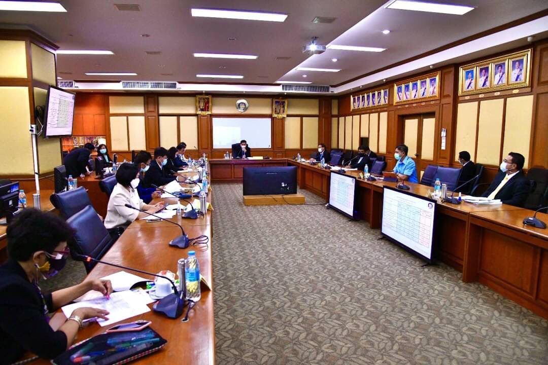 รองปลัดกระทรวงแรงงาน รักษาราชการแทนอธิบดีกรมการจัดหางาน ประชุมแนวทางการบริหารจัดการแรงงานต่างด้าวที่การผ่อนผันให้อยู่และทำงานในประเทศใกล้จะสิ้นสุด
