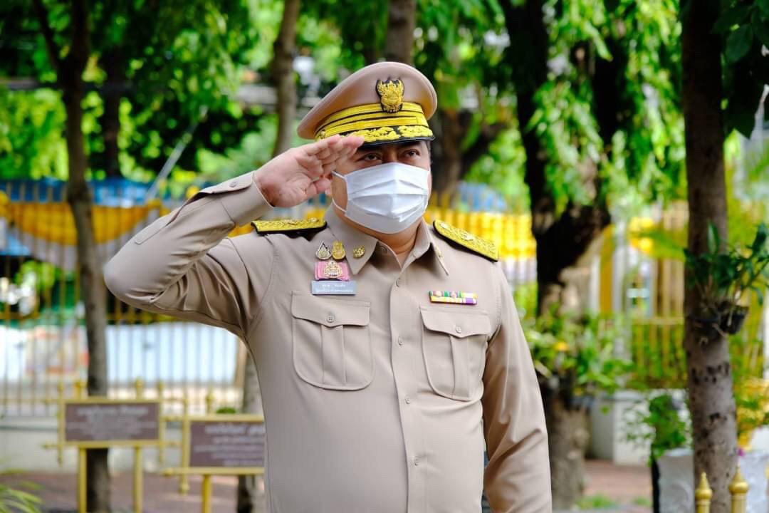 อธิบดีกรมการจัดหางาน ร่วมกิจกรรมเนื่องในวันพระราชทานธงชาติไทย น้อมรำลึกถึงพระบาทสมเด็จพระมงกุฎเกล้าเจ้าอยู่หัวที่ได้พระราชทานธงไตรรงค์เป็นธงชาติไทย