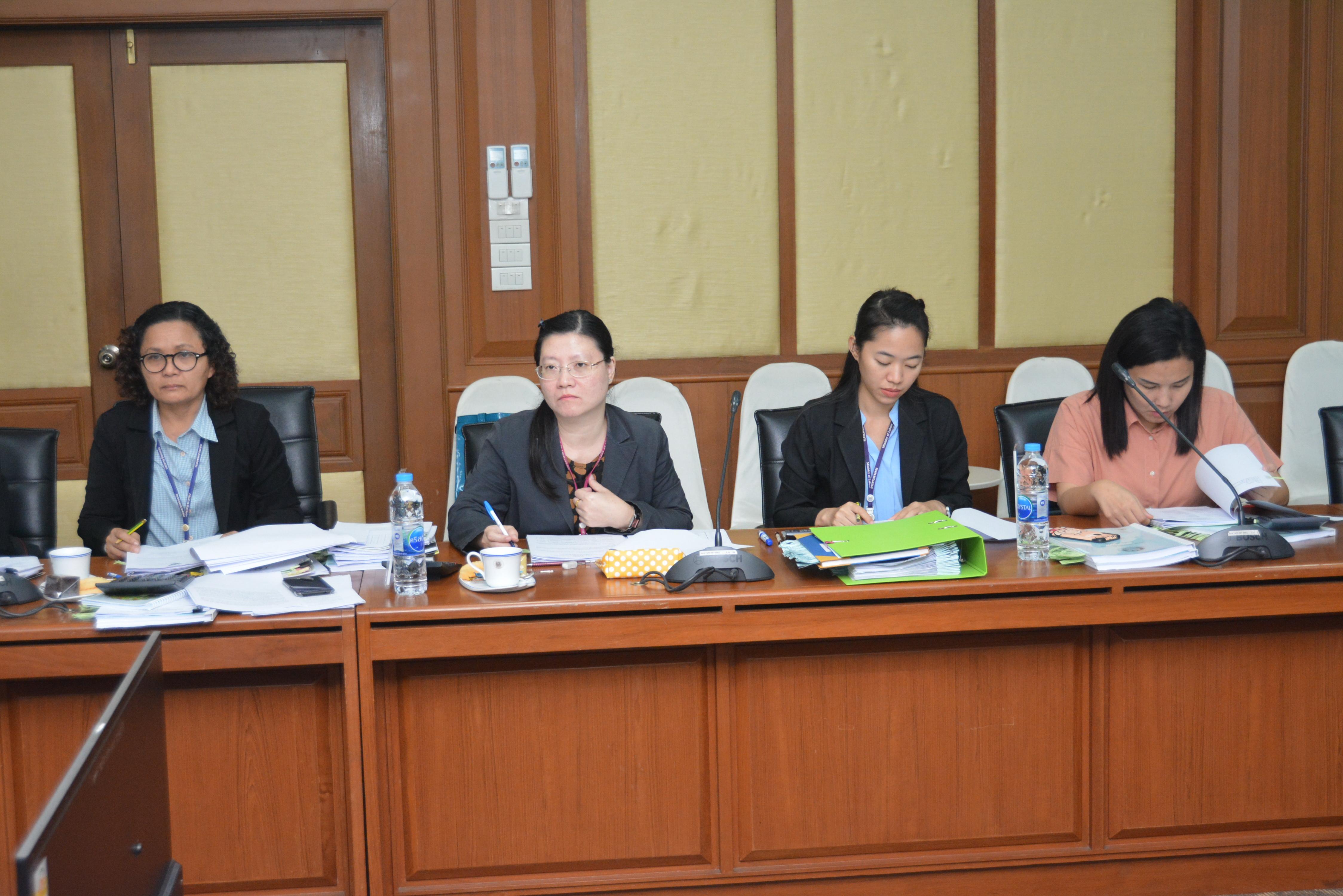 ประชุมคณะกรรมการกองทุนเพื่อช่วยเหลือคนหางานไปทำงานในต่างประเทศ ครั้งที่ 5/2562 ณ ห้องประชุมเทียน อัชกุล ชั้น 10 กรมการจัดหางาน