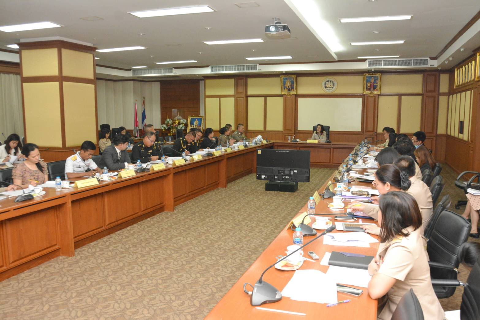 กรมการจัดหางาน หารือแนวทางการผ่อนผันให้แรงงานต่างด้าวสัญชาติกัมพูชา ลาว เมียนมา เดินทางกลับประเทศเพื่อร่วมงานประเพณีสงกรานต์ ประจำปี 2562