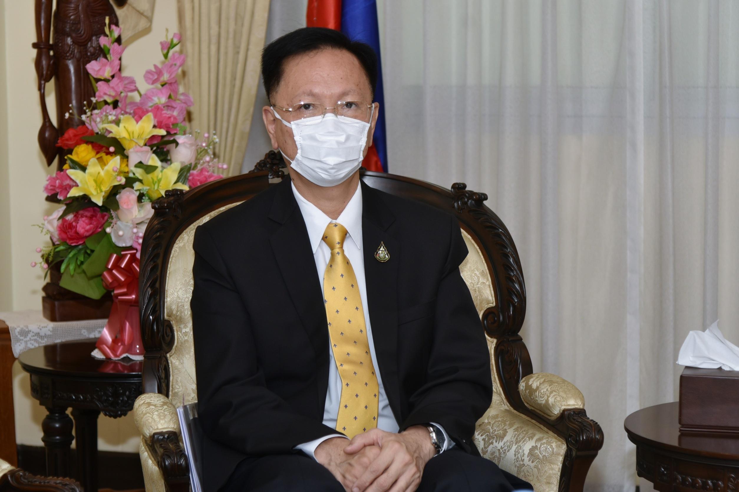 นายสุชาติ พรชัยวิเศษกุล อธิบดีกรมการจัดหางาน  ร่วมประชุมหารือกับ   H.E. OUK Sorphorn เอกอัครราชทูตวิสามัญผู้มีอำนาจเต็มแห่งราชอาณาจักรกัมพูชาประจำประเทศไทย ประเด็น สถานการณ์แรงงานกัมพูชาในประเทศไทย