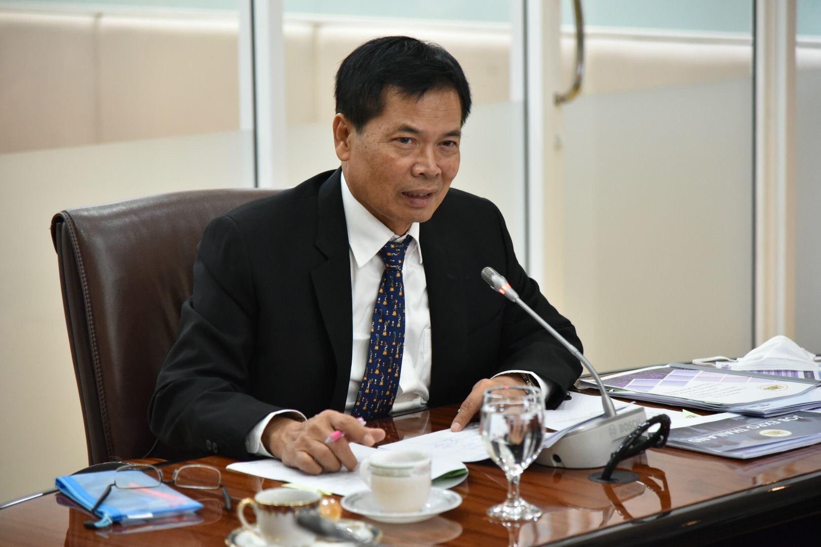นายสุเทพ ชิตยวงษ์ เลขานุการรัฐมนตรีว่าการกระทรวงแรงงาน  เป็นประธานประชุมชี้แจงความคืบหน้าโครงการ JOB EXPO THAILAND 2020