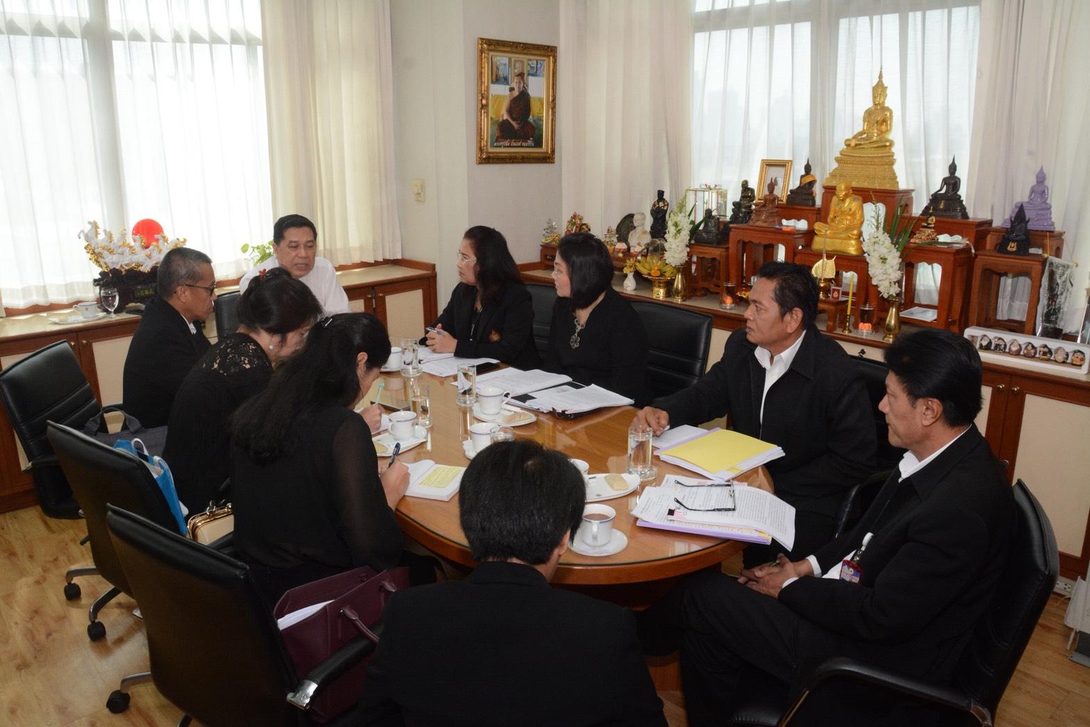 กรมการจัดหางานร่วมหารือกรมการกงสุลเกี่ยวกับแนวทางแก้ไขปัญหาแรงงานไทยไปเก็บผลไม้ป่าที่ฟินแลนด์