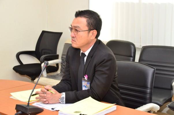 นายสันติ นันตสุวรรณ ผู้อำนวยการกองนิติการ ร่วมประชุมคณะกรรมการเปรียบเทียบตามพระราชบัญญัติการทำงานของคนต่างด้าว พ.ศ.2551 ณ ห้องประชุมกองนิติการ กรมการจัดหางาน