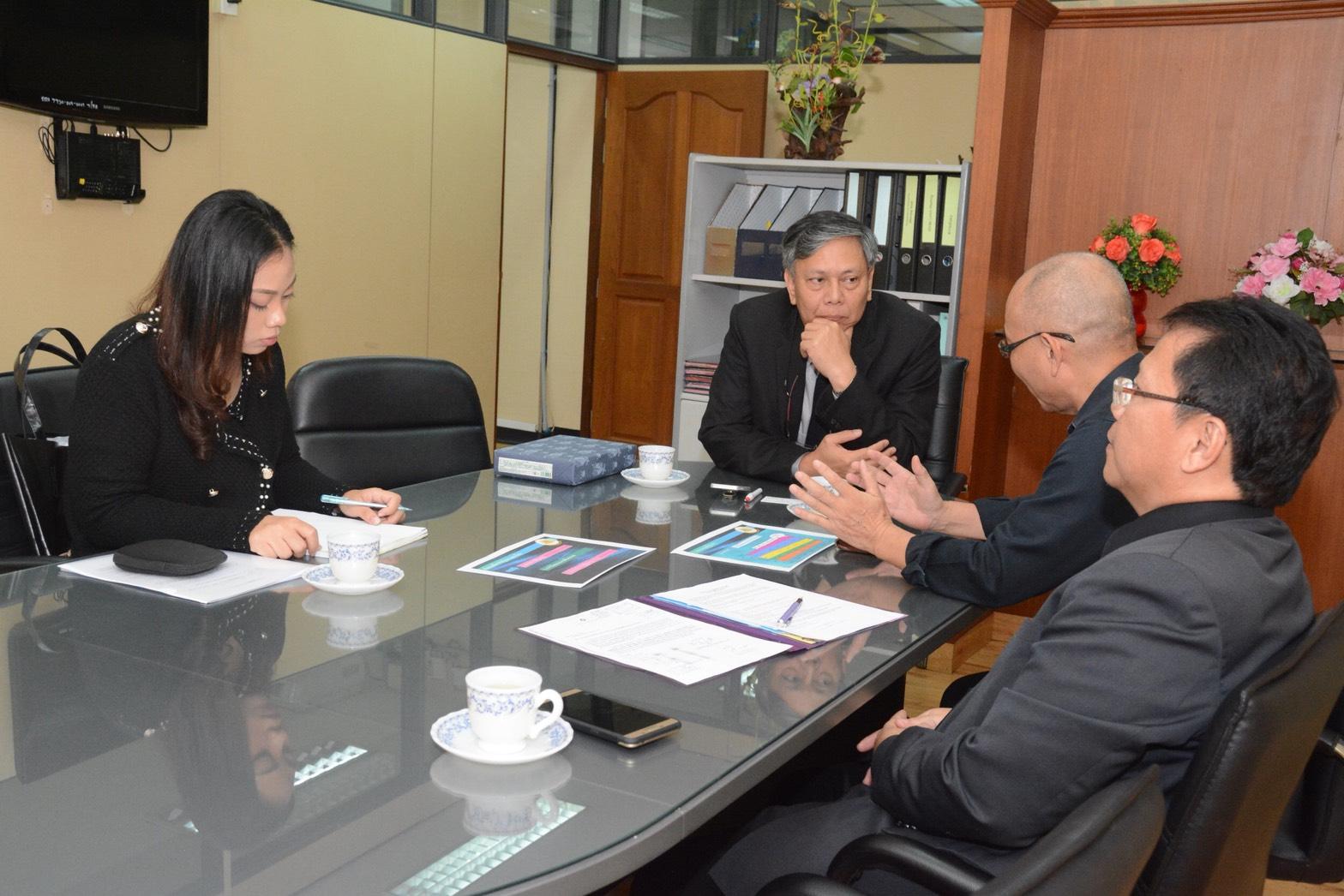 หารือข้อราชการเกี่ยวกับการสัมมนาผู้บริหารระดับสูงของบริษัทญี่ปุ่นที่มาลงทุนในประเทศไทย