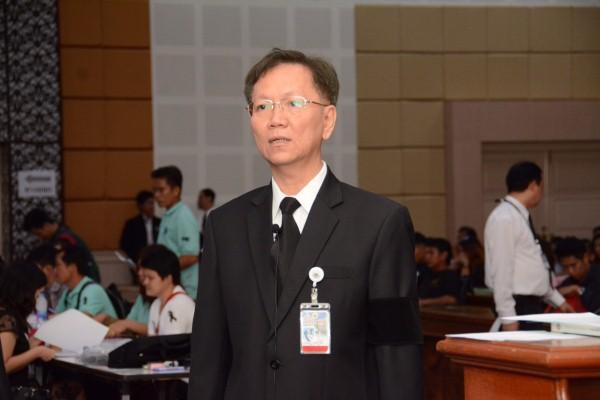 """นายสุชาติ พรชัยวิเศษกุล รองอธิบดีกรมการจัดหางานให้สัมภาษณ์ประเด็น """"กรมการจัดหางานจัดส่งแรงงานไทยไปทำงานสาธารณรัฐเกาหลีตามระบบ EPS"""" ออกอากาศในรายการ """"ตื่นมาคุย"""" ทางสถานีโทรทัศน์ MCOT HD (ช่อง 9) ในวันศุกร์ที่ 23 ธันวาคม 2559 เวลา 08.00 -09.00 น."""