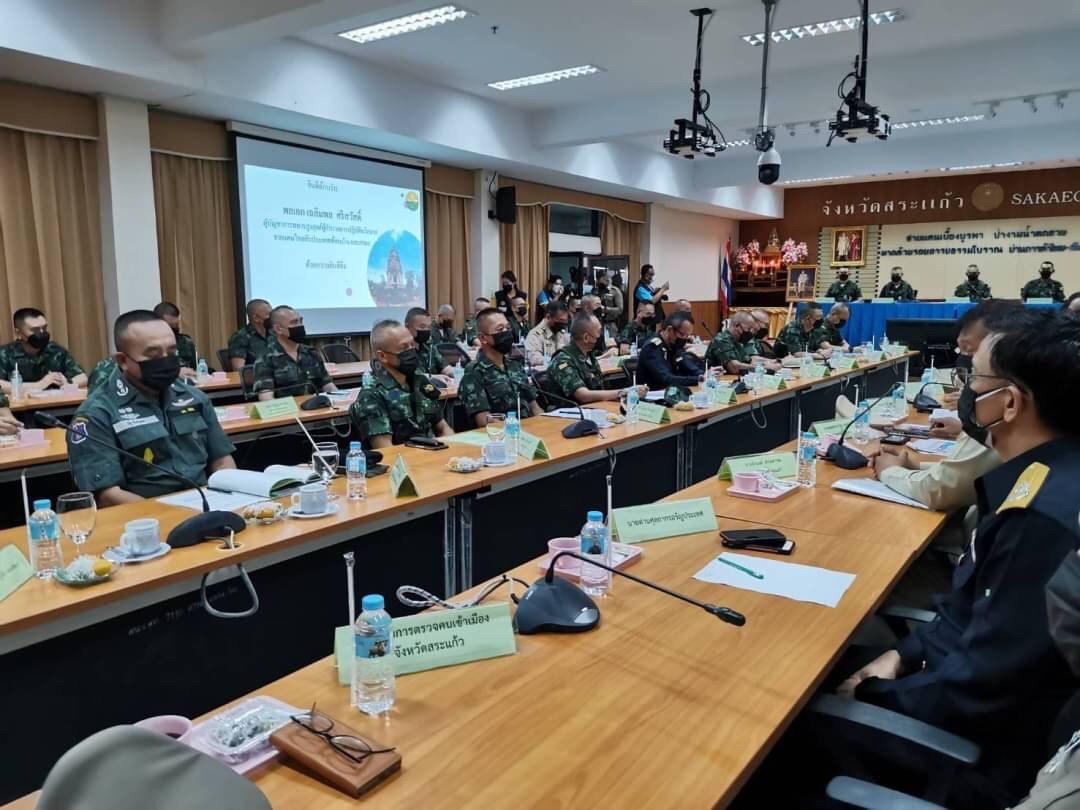 รองอธิบดีกรมการจัดหางานร่วมคณะตรวจเยี่ยมการปฏิบัติงานของฝ่ายความมั่นคงในพื้นที่ชายแดนไทย-กัมพูชา