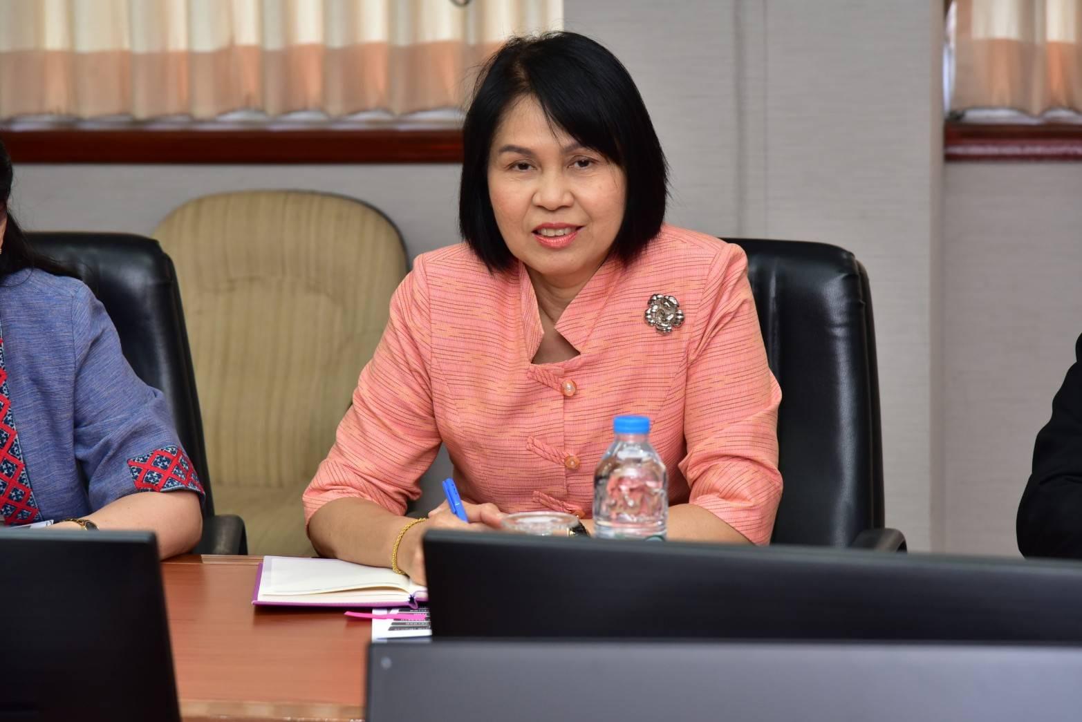ผู้ตรวจราชการกรม กรมการจัดหางาน ร่วมประชุมสมาพันธ์ SME ไทย และคณะ