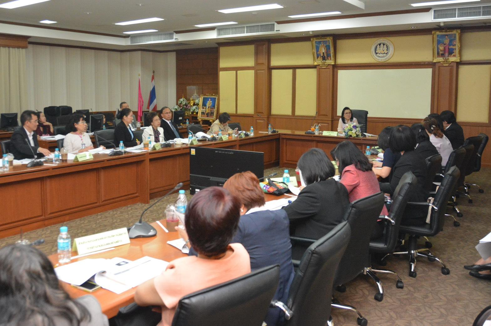 ประชุมชี้แจงแนวทางการประเมินส่วนราชการและการประเมินผู้บริหารองค์การ ประจำปีงบประมาณ พ.ศ. 2562 ณ ห้องประชุมเทียน อัชกุล ชั้น 10