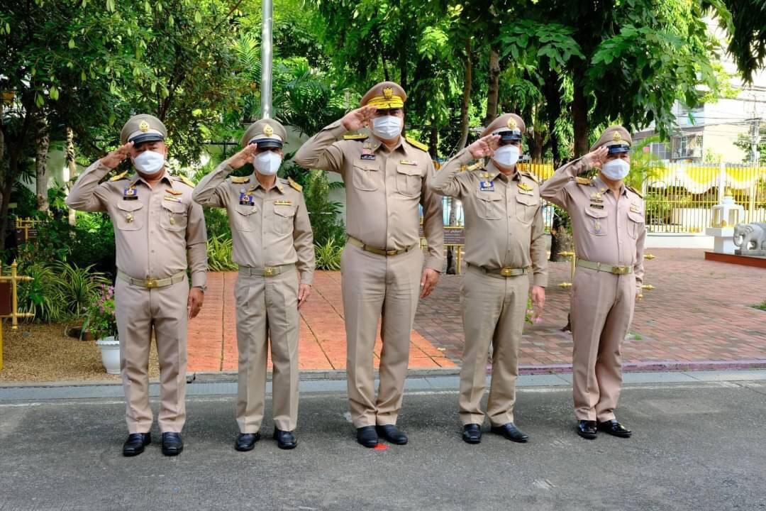 อธิบดีกรมการจัดหางาน ร่วมกิจกรรมเนื่องในวันพระราชทานธงชาติไทย น้อมรำลึกถึงพระบาทสมเด็จพระมงกุฎเกล้าเจ้าอยู่หัวที่ได้พระราชทานธงไตรรงค์เป็นธงชาติไทย  วันที่ 28 กันยายน 2564 เวลา 08.00 น นายสุชาติ ชมกลิ่น รัฐมนตรีว่าการกระทรวงแรงงาน เป็นประธานในกิจกรรมเนื่อ