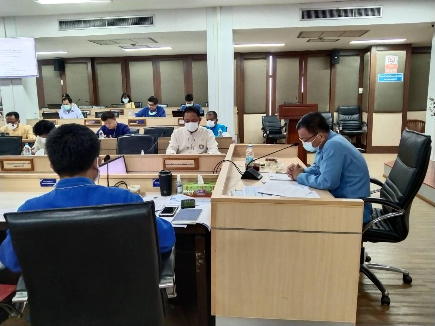 เข้าร่วมประชุม พร้อมกับคณะกรรมการโรคติดต่อจังหวัดสมุทรสาคร  วันศุกร์ที่ 15  ตุลาคม  2564 เวลา 09.30