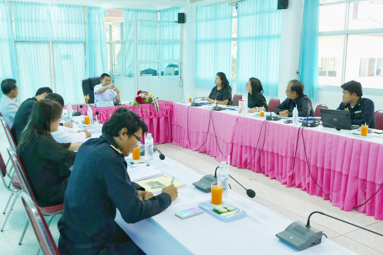 จัดหางานสุรินทร์ ร่วมประชุมหัวหน้าส่วนราชการกระทรวงแรงงานจังหวัดสุรินทร์ ครั้งที่ 3/2560